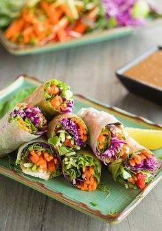 Pin for Later: 9 Cool, Refreshing Summertime Lunches For Kids Rainbow Vegetable Spring Rolls A Food Centric Life's kid-friendly twist on a Vietnamese classic is perfect for a hot day. Source: A Food Centric Life Raw Food Recipes, Vegetable Recipes, Asian Recipes, Vegetarian Recipes, Cooking Recipes, Healthy Recipes, A Food, Good Food, Food And Drink