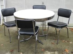 Atlanta: Retro 50's style chrome table and 4 chairs $259 - http://furnishlyst.com/listings/1187477