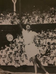 Althea Gibson Althea Gibson, American Tennis Players, Person Of Color, Golf Tour, Professional Women, Wimbledon, Champs, Athlete, Roland Garros