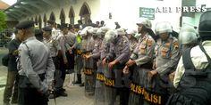 Aparat Sigap, Peringatan Asyura Semarang Berjalan Lancar