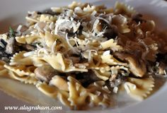 A LA GRAHAM: PASTA WITH SAUTEED MUSHROOMS AND THYME