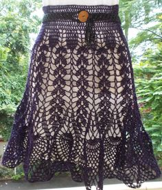 OH WOW !! SUCH A LOVELY SKIRT     What else can one say when one sees a pattern like this??  J . Just a few days back, I drag...