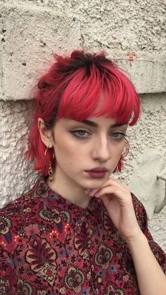 Hot orange aesthetic hair colors & highlights for long or short hairstyles in . - Hot orange aesthetic hair colors & highlights for long or short hairstyles in 20 … – Hot orange - Peach Hair Colors, Pink Hair, Hair Colours, Blue Hair, Brown Hair, Aesthetic Hair, Orange Aesthetic, Aesthetic Colors, Blonde Aesthetic