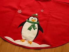 Learn how to make a homemade Christmas tree skirt pattern.