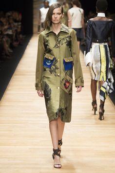 Guy Laroche Spring 2016 Ready-to-Wear Collection Photos - Vogue
