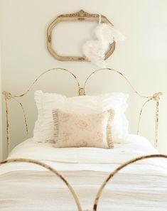 """"""" Simple bedroom. """""""