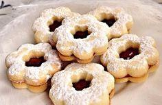 Starý rakouský recept, podle kterého si připravíte tak 150 kusů pravého lineckého vánočního cukroví.