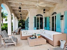 Stucco and turquoise, by the sea, is beautiful, oh, to me.