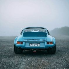 • The blue fog. Porsche 911 Carrera 3.8 RSR •