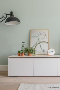 Looking at Tessa from inside: Scandinavian living with pastel colors - tvwall Living Room Green, Green Rooms, Bedroom Green, Home And Living, Living Room Decor, Modern Living, Living Area, Bedroom Wall Colors, Room Colors