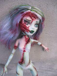 Frankie Stein Gore Custom Monster High Doll