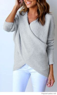 Amazing side to side sweater with white pants