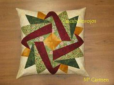 patchwork and applique - DiyForYou Patchwork Quilting, Patchwork Cushion, Patchwork Patterns, Quilted Pillow, Quilt Block Patterns, Quilt Blocks, Pattern Fabric, Star Quilts, Mini Quilts
