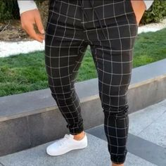 Best Chance for Hirigin 2019 Men Casual Plaid Pants Long Trousers Tracksuit Fit Workout Casual Sweatpants If You search information for pant. Fashion Pants, Mens Fashion, Fashion Basics, Fashion Styles, Plaid Fashion, Parisian Fashion, Bohemian Fashion, Fashion 2018, Fashion Addict