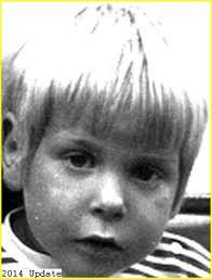 THE LAST TIME ANYONE SAW KURT NEWTON he was riding his red tricycle down a dirt road of a campsite where his family was vacationing Labor Day weekend of 1975. He was four years old. With white blonde…
