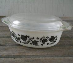 Vintage Pyrex Casserole Dish Black Tulip Pattern