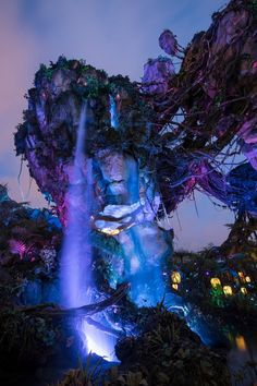 Walt Disney World's newly opened Pandora — The World of Avatar offers two stellar rides at varying levels of excitement and thrill. Fantasy Art Landscapes, Fantasy Landscape, Fantasy Artwork, Beautiful Landscapes, Fantasy Places, Fantasy World, Avatar Movie, Avatar Disney, Beautiful Places