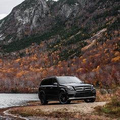 A Roadtrip through New England in the fall with the GL 550! A great #MBPhotoPass story told and shot by @ShaneMichaelBlack for @mbusa. Follow them for more shots.  #ProfileLake #NewEngland #MercedesBenz #GL550 #4MATIC #SUV #newhampshire #autumnisokay #AMG #mbtravel