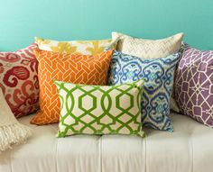 How to Decorate with Colorful Accent Pillows - Book Review | Wayfair