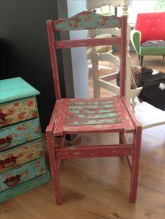 Cadeira produzida por U Shabby Chic em Setúbal