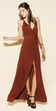 Love this. Something Amy Adams could have worn in American Hustle. #wholesalefashioninc #fashioninspo #americanhustle