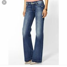7 for all mankind - Dojo - size 29 7 for all mankind Dojo wide leg style. Size 29. Bottom of jeans have some wear, due to how i styled these (to the floor)  Other than that they are in excellent condition. 7 for all Mankind Jeans Flare & Wide Leg