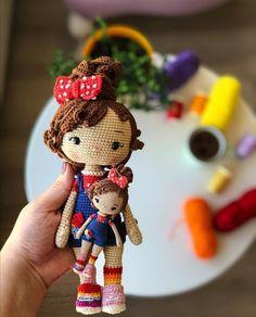 Crochet Doll Tutorial, Crochet Doll Pattern, Crochet Art, Cute Crochet, Amigurumi Patterns, Amigurumi Doll, Doll Patterns, Yarn Dolls, Crochet Dolls