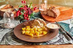 Igazi retró kaja: Almaszószos sült hús | Street Kitchen Camembert Cheese, Food, Essen, Meals, Yemek, Eten