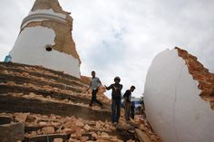 One of many historic buildings that has been destroyed is the Dharahara tower, a once 9-story temple that has been reduced to nothing but rubble. Around 200 people were reportedly inside of the tower when it collapsed according to police.
