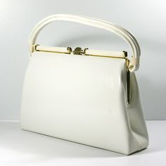 60s White Handbag, Dover Handbag Co., MOD White Vinyl Purse  Crisp, White, MOD and Fabulous!  This gorgeous handbag was made in the 60s by the
