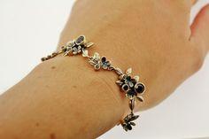 Handmade silver Rabinovich bracelet with black garnets. For € 223,20.  http://www.goldbergjuweliers.nl/shop/products-page/rabinovich/rabinovich-armband-zilver-zwart-granaat
