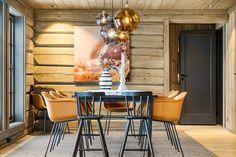 Hafjell - Stor hytte med høy standard under oppføring Wooden Cabins, Jacuzzi, Dining Table, Real Estate, Ski, Interior, Furniture, Home Decor, Decorating