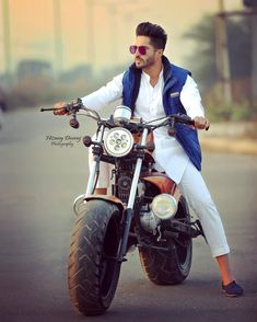 Cute Boy Pic, Hardy Sandhu, Whatsapp Mobile Number, Jassi Gill, Mother Daughter Matching Outfits, Background Images Hd, Boy Photography Poses, Stylish Boys, Beautiful Bollywood Actress