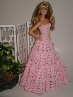 Barbie Crochet Gown, Crochet Barbie Patterns, Barbie Clothes Patterns, Barbie Gowns, Crochet Barbie Clothes, Doll Clothes Barbie, Barbie Dress, Dress Patterns, Barbie Doll