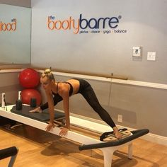 Side splits flow with flexibility💫 . Inner thighs are so often neglected but are usually the most wanted muscle for women to tone-up. Club Pilates, Pilates Reformer Exercises, Pilates Body, Pilates Studio, Pilates Training, Yoga Motivation, Best Weight Loss, Weight Loss Tips, Joseph Pilates