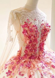 Oh my! Tutumuch! From Instagram @lovinghautecouture... Floral work by @moeshour
