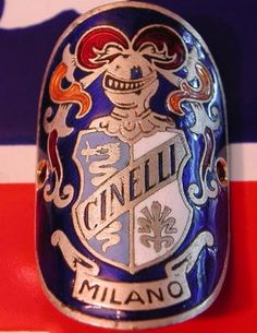 headbadge
