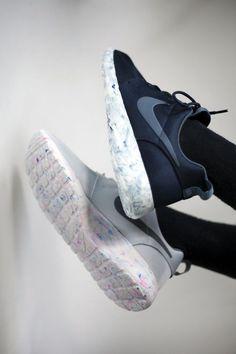 Nike shoes Nike roshe Nike Air Max Nike free run Nike USD. Nike Nike Nike love love love~~~want want want! Hippie Style, Site Nike, Converse, Nike Trainers, Nike Roshe Run, Nike Free Shoes, Nike Shoes Outlet, Milan Fashion Weeks, Cheap Shoes