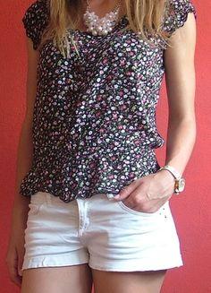 Kup mój przedmiot na #Vinted http://www.vinted.pl/kobiety/bluzki-z-krotkimi-rekawami/9772204-bluzka-z-krotkim-rekawkiem-w-kwiaty-kwiatki-floral-czarna