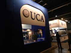 Stand de Universidad Católica Argentina (UCA) en Expo Universidad 2014 - Buenos Aires - Argentina - Diseño MW Arquitectura
