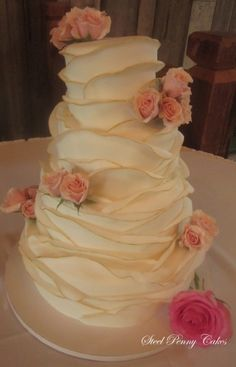 If you look at the cake it looks like a rose very cute