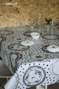 Onszelf Tablecloth OZ 8042