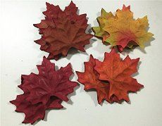 Fall Leaves Free Crochet Pattern! Super easy and FREE crochet pattern to make beautiful leaves for Fall decorating or any time of the year!