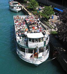 Chicago Architecture Boat Tour!
