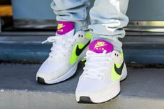 See how the Nike Air Icarus Volt Fuchsia looks on feet in this review video before you cop. Find out where to buy these Nike Air Icarus online! Nike Icarus, Icarus Online, Fresh Shoes, Classic Sneakers, Kicks, Nike Air, Footwear, Sneakers Nike, Game