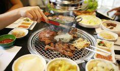 Gumiho Grill & Shabu:Nằm ở 133 Bùi Thị Xuân Là một quán ăn có diện tích và không gian rất rộng với 3 tầng và sức chứa lên tới 200 khách
