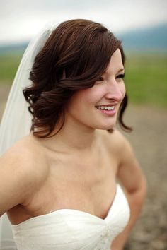 short hair curled and down for wedding