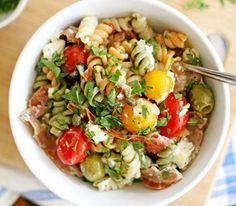 Prosciutto-Goat Cheese-Tomato Pasta Salad - Recipes and cooking confidence for home cooks everywhere Antipasto Pasta Salads, Tomato Pasta Salad, Best Pasta Salad, Pasta Salad Recipes, Healthy Salad Recipes, Basil Pasta, Taco Salads, Tomato Basil, Lunch Recipes