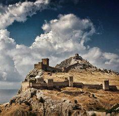 Судак. Генуэзская крепость.