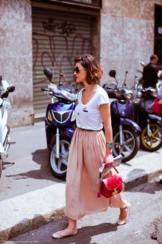 Pink maxi skirt + white tee shirt + ballet flats.